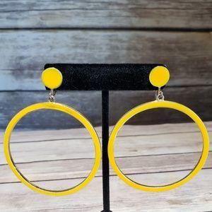 Vtg yellow metal hoop clip earrings